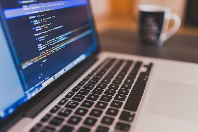 O błędach w programowaniu własnego języka